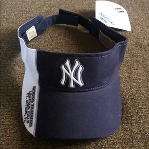 NWT Yankees Soring Training Visor